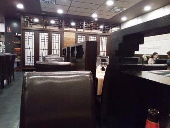 Sakura: Interior restaurante