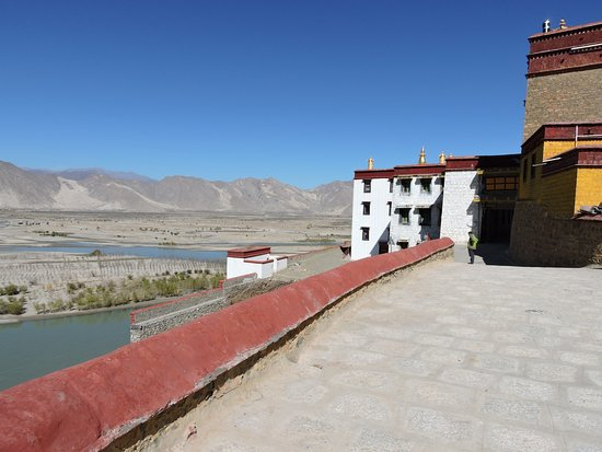 Gonggar County, China: Partial view over the Yarlung Tsampo river