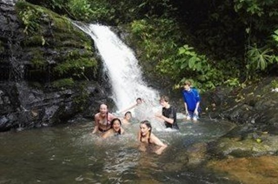 Drake Bay, Costa Rica: Swimming in the river at Corcovado National park