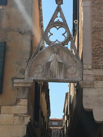 Calle del Paradiso di Venezia