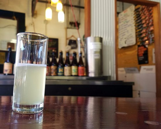 Long Island City, État de New York : A tasting glass of Gose!