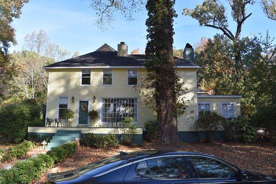 Dogwood Manor Guesthouse Bb Reviews Huntsville Al Tripadvisor