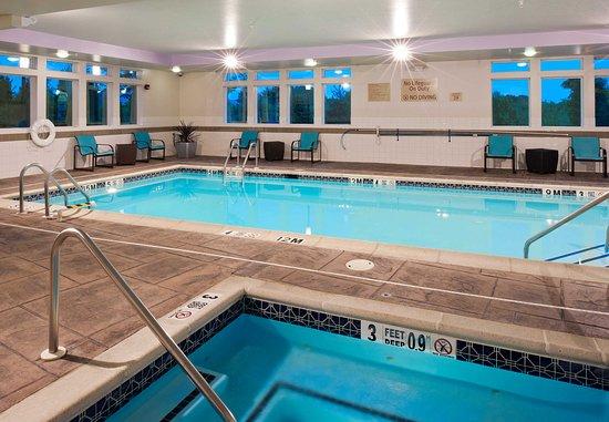 تاون بليس سويتس باي ماريوت بيثلهم إستون: Indoor Pool & Spa