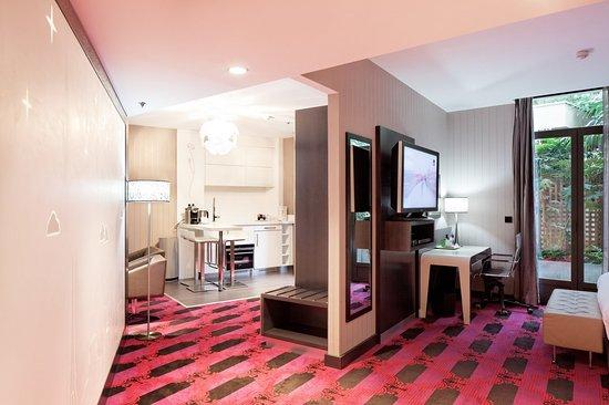 Holiday Inn Paris - Notre Dame: Suite room