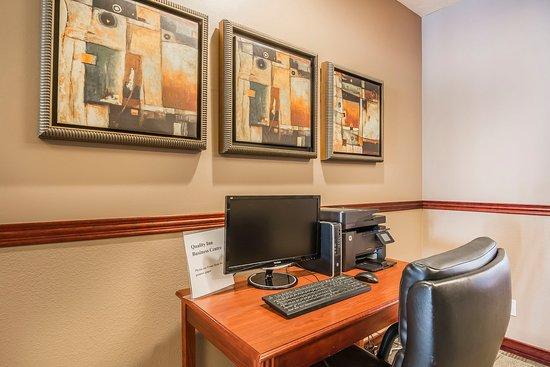 Winkler, Canada: Business center