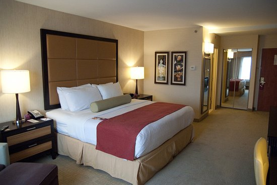Crowne Plaza Wilmington North