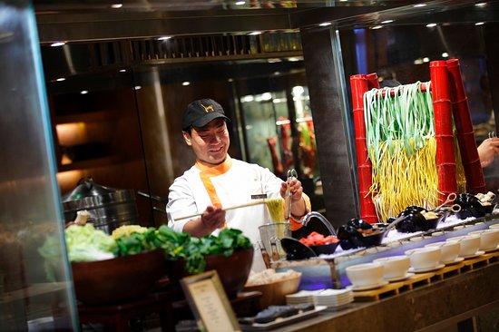 Zhangzhou, China: Breakfast Bar