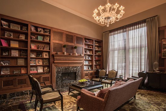 Rochester, ميتشجان: Library at Royal Park Hotel
