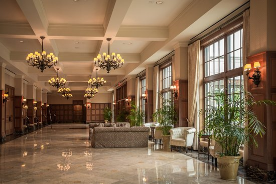 Rochester, ميتشجان: Gallery South at Royal Park Hotel