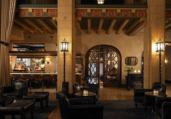 The Hollywood Roosevelt: Lobby Bar
