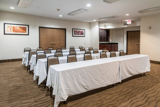 Quality Suites Burleson - Ft. Worth: Meeting Room