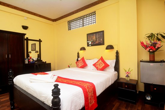 Dream Nepal Hotel and Apartment: deluxe double room