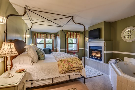 La Conner, WA: Deluxe King Suite