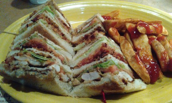 Plymouth, IN: Grilled Chicken Club with potato wedges