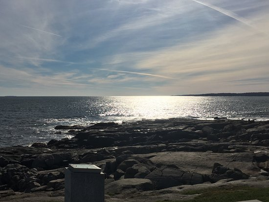 Cape Neddick Nubble Lighthouse: Beautiful view