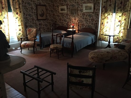 Hyde Park, NY: FDR's home -bedroom on 2nd floor