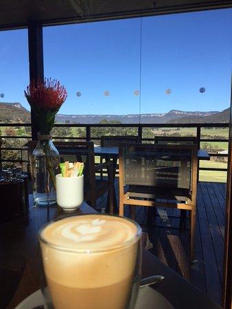 Wolgan Valley, Australien: The view from breakfast - stunning