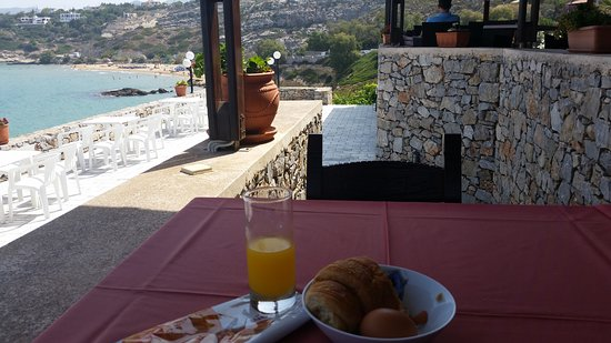 Lena Beach Hotel: Breakfast