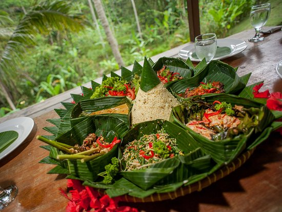 The Kampung Resort Ubud: Rice Stuffed