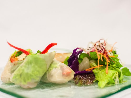 The Kampung Resort Ubud: Rice Paper Roll