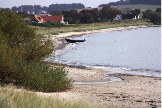 Abbekas, Suecia: Mossby strand, barnvänlig sandstrand, naturpark, vandring. Foto:Gun Andersson