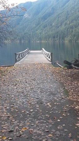 Lake Crescent Lodge: il pontile
