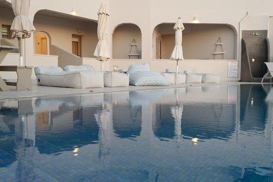 Grand View Hotel: Swimming pool