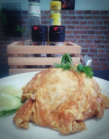 yo s cafe talat yai restaurant reviews phone number photos tripadvisor
