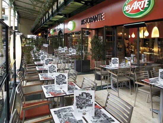 restaurant del arte centre commercial val d 39 europe. Black Bedroom Furniture Sets. Home Design Ideas