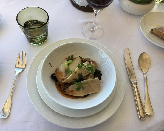 Restaurant Alain Llorca: The Dorade on bed of wild mushrooms and vegetable