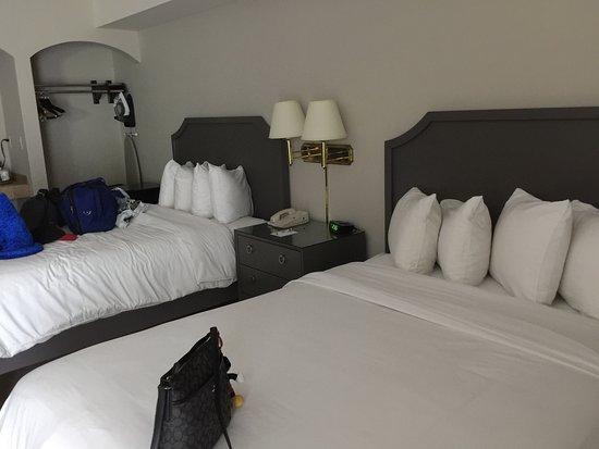 Hollywood Hotel: photo2.jpg