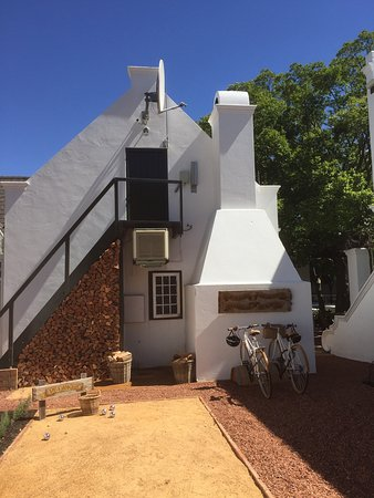 Akademie Street Boutique Hotel and Guest House: Akademie Street oasis of calm and tranquility