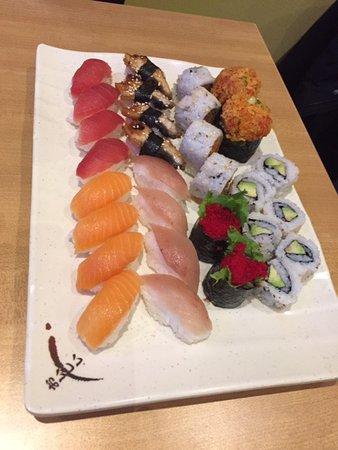 Fuki Sushi Bar: Nigiri and rolls