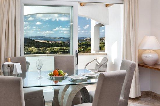 SOGGIORNO SUITE PREMIUM VISTA MARE - Foto di Hotel La Rocca Resort ...