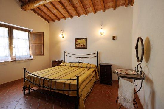 Cinigiano, Italia: camera matrimoniale