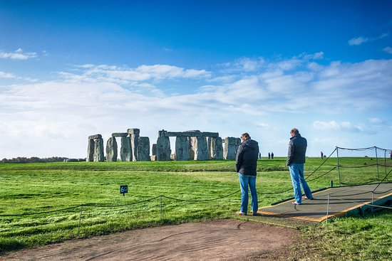 The Stonehenge Tour: Audio guides are available from the Visitor Centre (extra charges apply)
