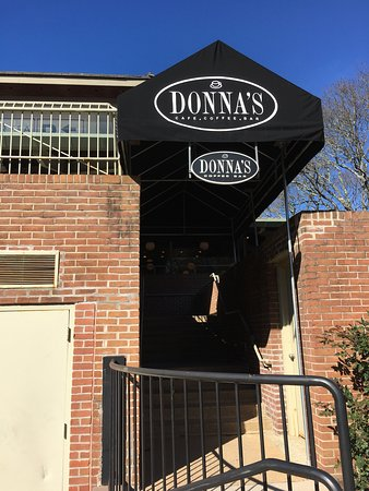 Donnas Coffee Bar & Cafe- Village Sq.