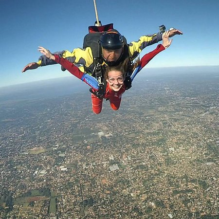 Luque, ปารากวัย: Tandem Jump, to cross your limits... Salto Tándem, Salto Duplo o Salto Bautismo....