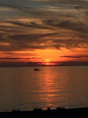 Cloud 9: Sunset