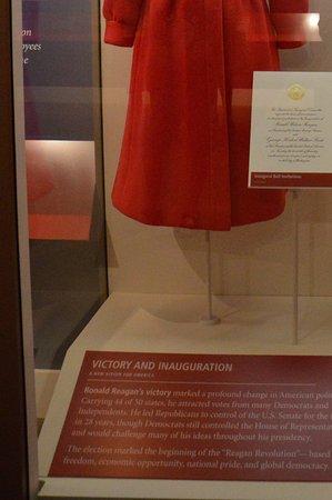 Simi Valley, CA: Costumes Nancy et Ronald Reagan