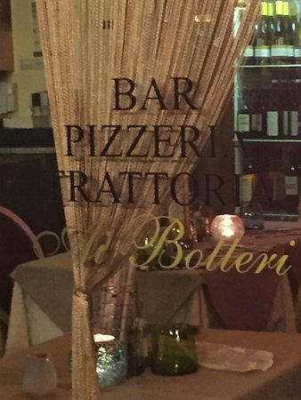 B&B Le Repubbliche Marinare : Best restaurants we ate, right beside the B&B