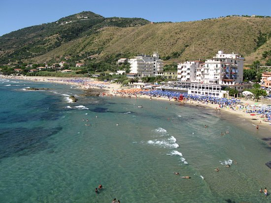 Acciaroli, Italy: veduta dall'alto del ristorante mediterraneo
