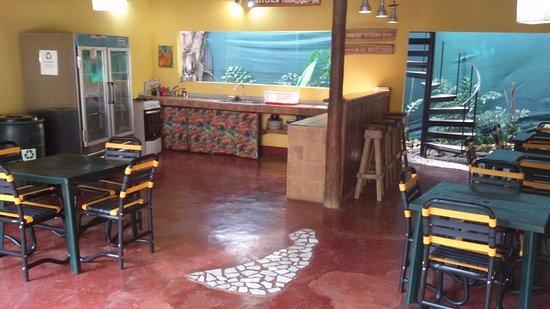 Cuesta Arriba Hotel: spotless kitchen