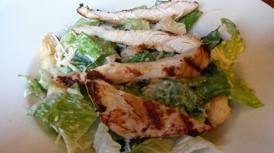 Pencoed, UK: Chicken caesar salad