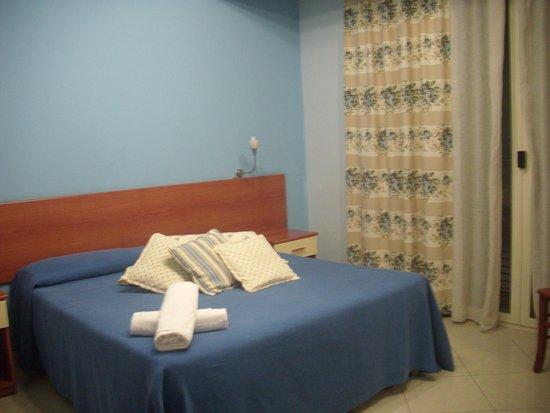 San Ferdinando, Italien: Zimmer im 2. Stock
