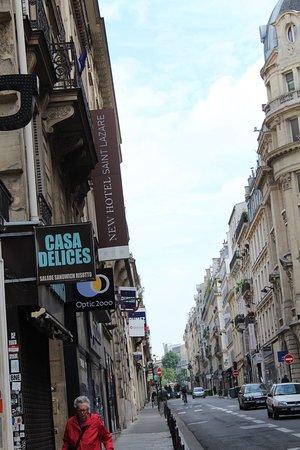 New Hotel Saint Lazare : Nice location