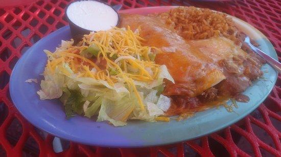 VIP Lounge & Restaurant: Mini wet burrito and pork taco