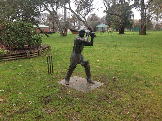 Cootamundra, Australia: Cricket Captains Walk