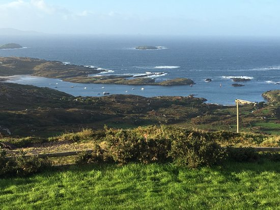 Caherdaniel, İrlanda: View from the front lawn of Ireland Unplugged B and B