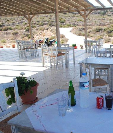Irakleia, Grecia: i tavoli all'aperto
